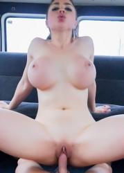 marta-la-croft-free-porn-pics-002